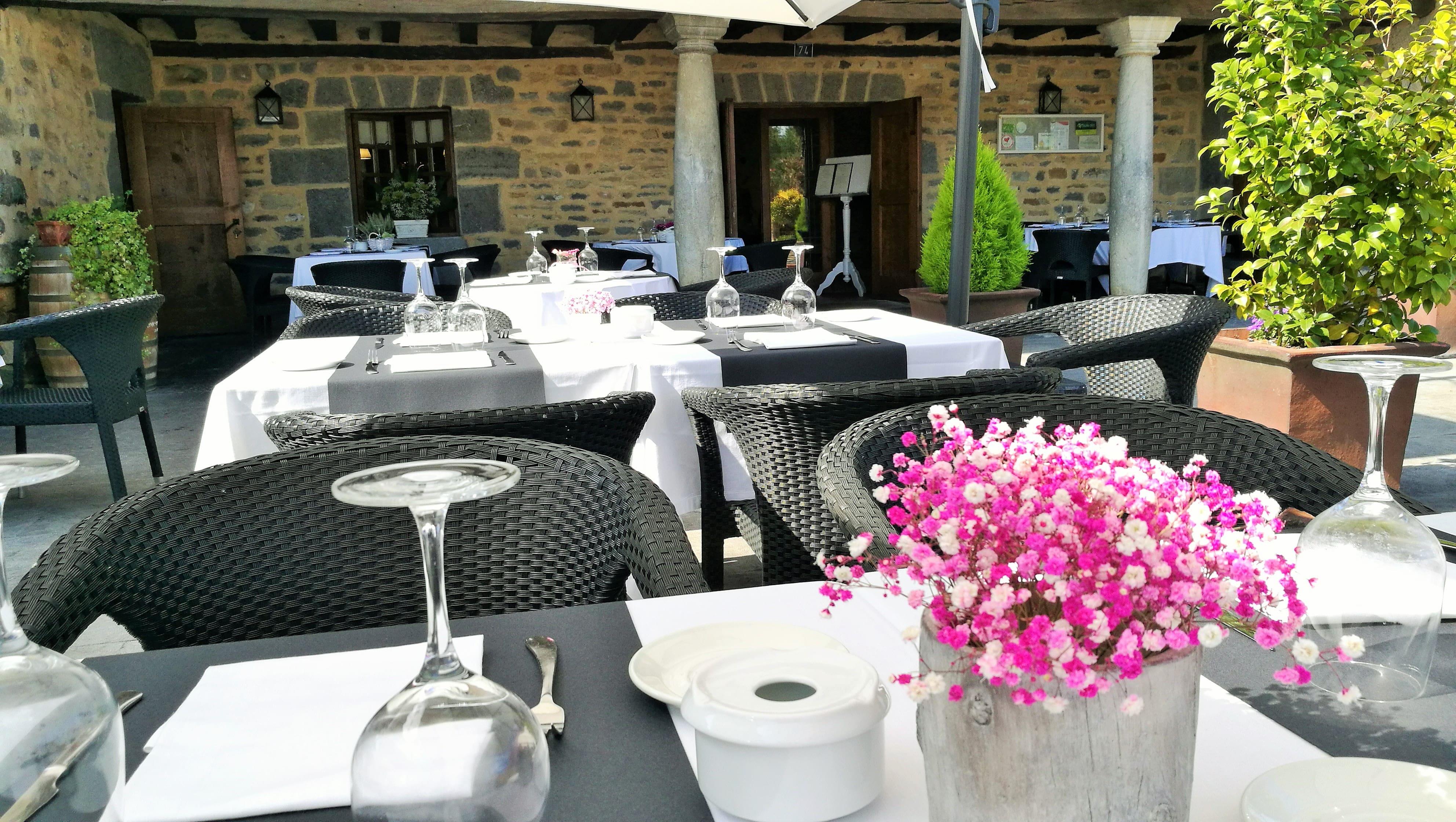 restaurante_bideko-exteriores-terraza-cocina_tradicional_vasca-restaurantes_vizcaya-restaurantes_alava-comer_en_euskadi-bideko-amurrio-lezama (32)